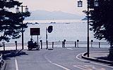 宮島から本州を望む