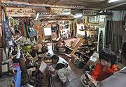 木彫り土産屋