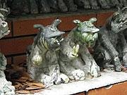 ピース狛犬