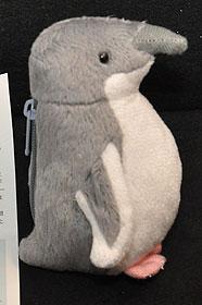 ハネジロペンギン